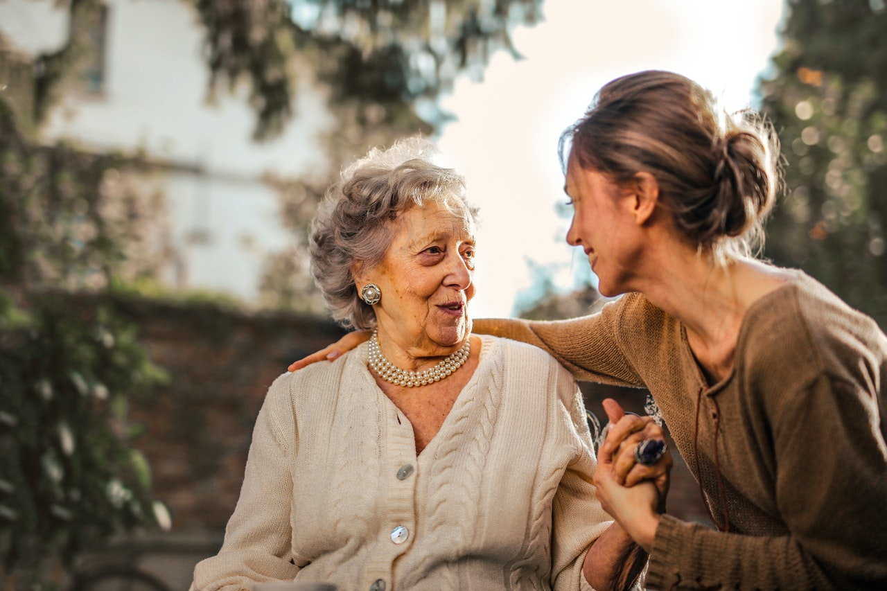 3 Tips For Balancing Work With Caring For An Elderly Loved One